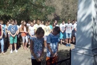 Koszorút helyeztünk el Benka Gyula sírjára